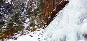 vodopad-zhenetskiy-guk-zima-4