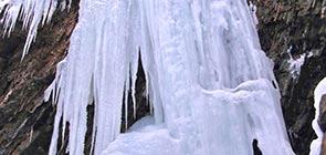 vodopad-zhenetskiy-guk-zima-5
