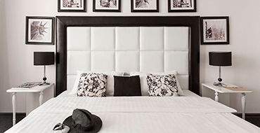 room dlux 1