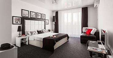room lux 3