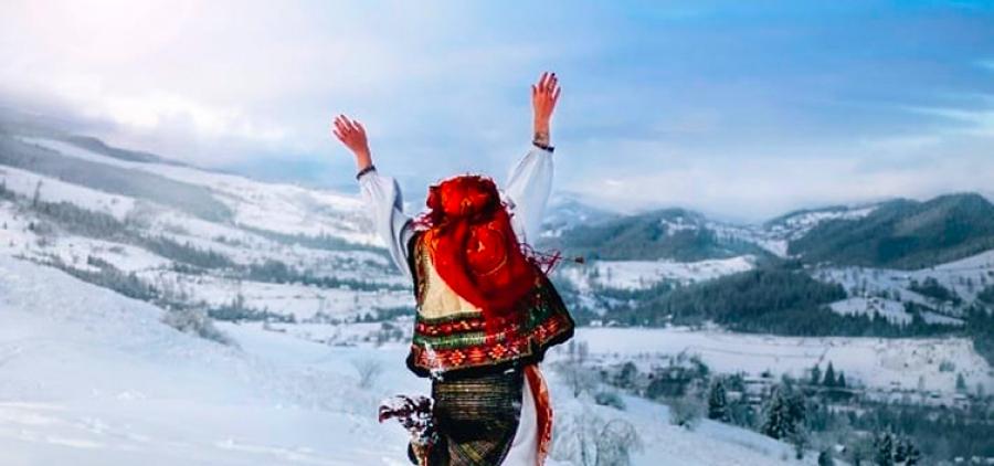 Weekend in the Carpathians. Yaremche - Hoverla - Bukovel + waterfalls!