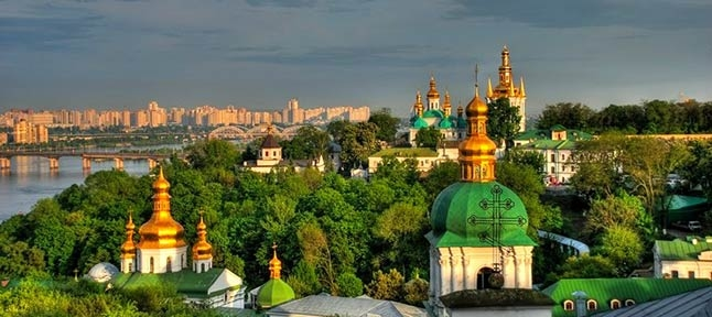 The city is golden. Monasteries and temples of Kiev