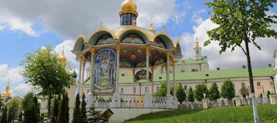 Heart of beauty. Pochaev Lavra - Bozha Gora - castles of Podillia