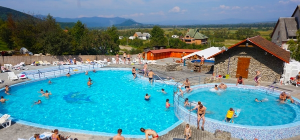Warm waters of Velyatino