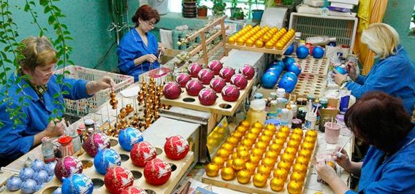 Фабрика ялинкових іграшок, Київ