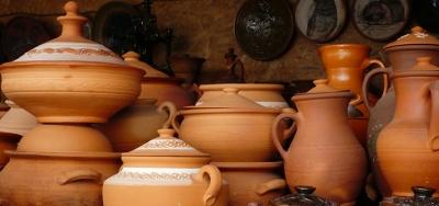 Ukrainian wedding and Ukrainian ceramics. Opishnya - Budischa - Poltava