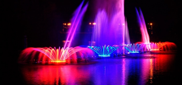 Light and music fountain in Uman