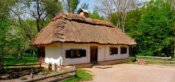 Українське село Бузова