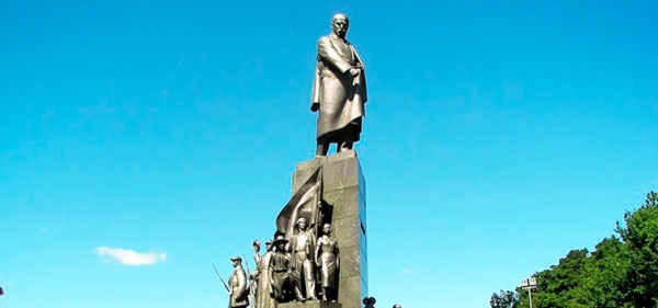 Monument of T.Shevchenko in Kharkov